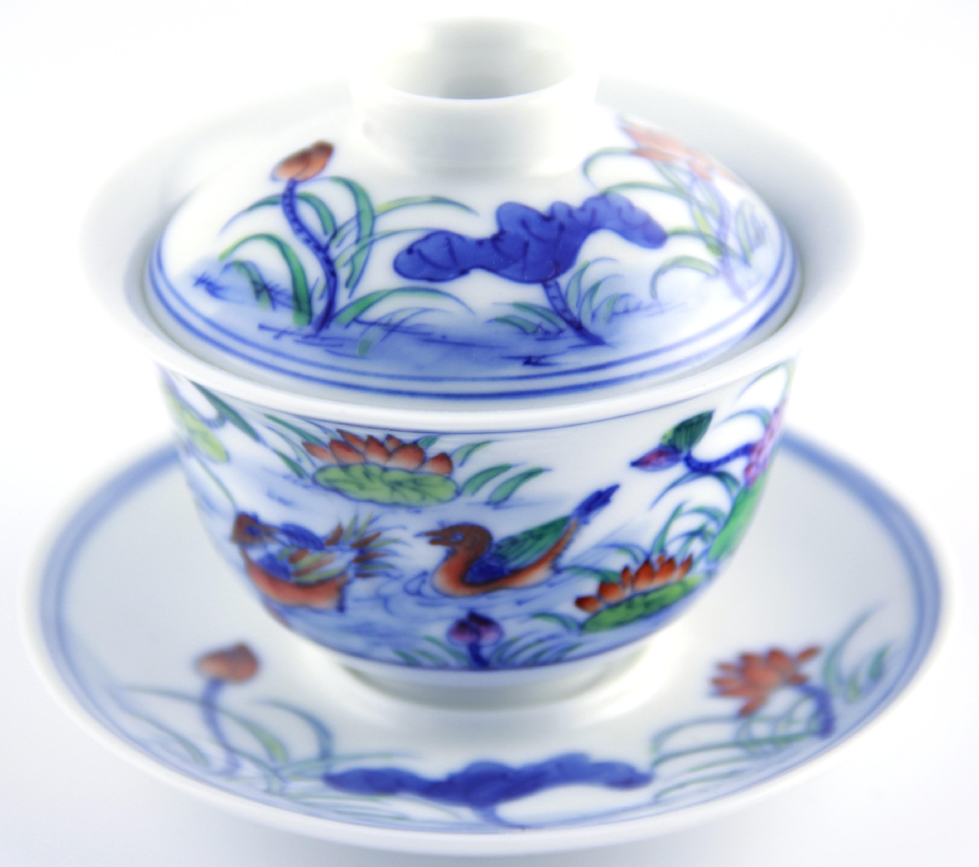Gaiwan en porcelaine 110 ml orné de canards mandarins et lotus